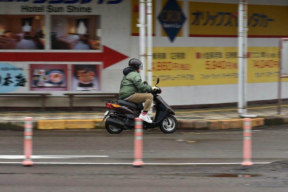Formation pour motocyclettes à trois roues